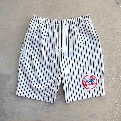 90s New York Yankees Chalk Line Baggy Shorts - L/XL