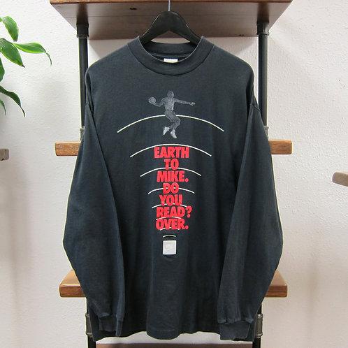 90s Nike Air Jordan Earth to Mike Longsleeve Tee - L/XL