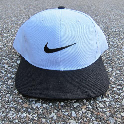 90s Nike White & Black Snapback Hat