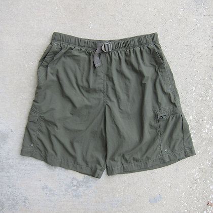 Columbia Sportswear Olive Belted Nylon Shorts - L