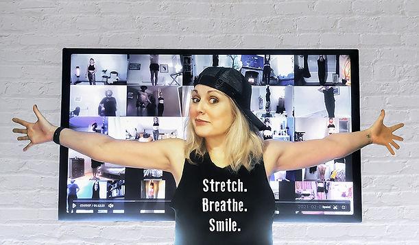 Screen Stretch Breathe Smile mob resize.jpg
