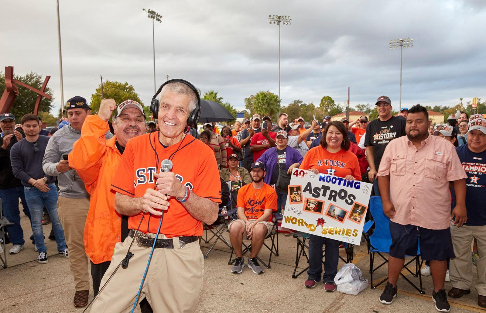 Mattress Mack and Houston community members celebrate the Astros