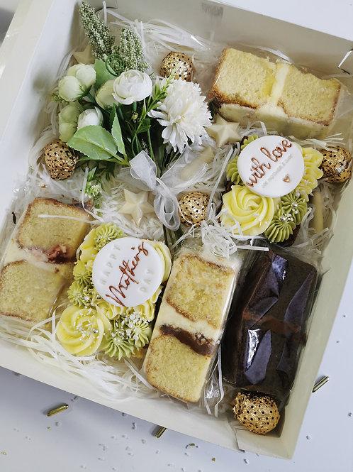 Deluxe cake box