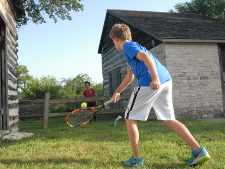 Tennis players adjust to COVID-19 restrictions