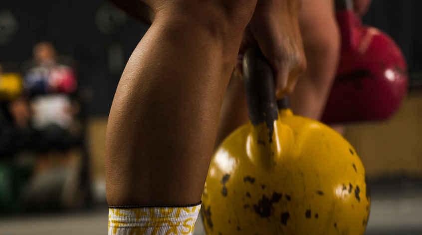 CrossFit Coruña KB kettlebell Bergondo Girl Nike metcon galicia