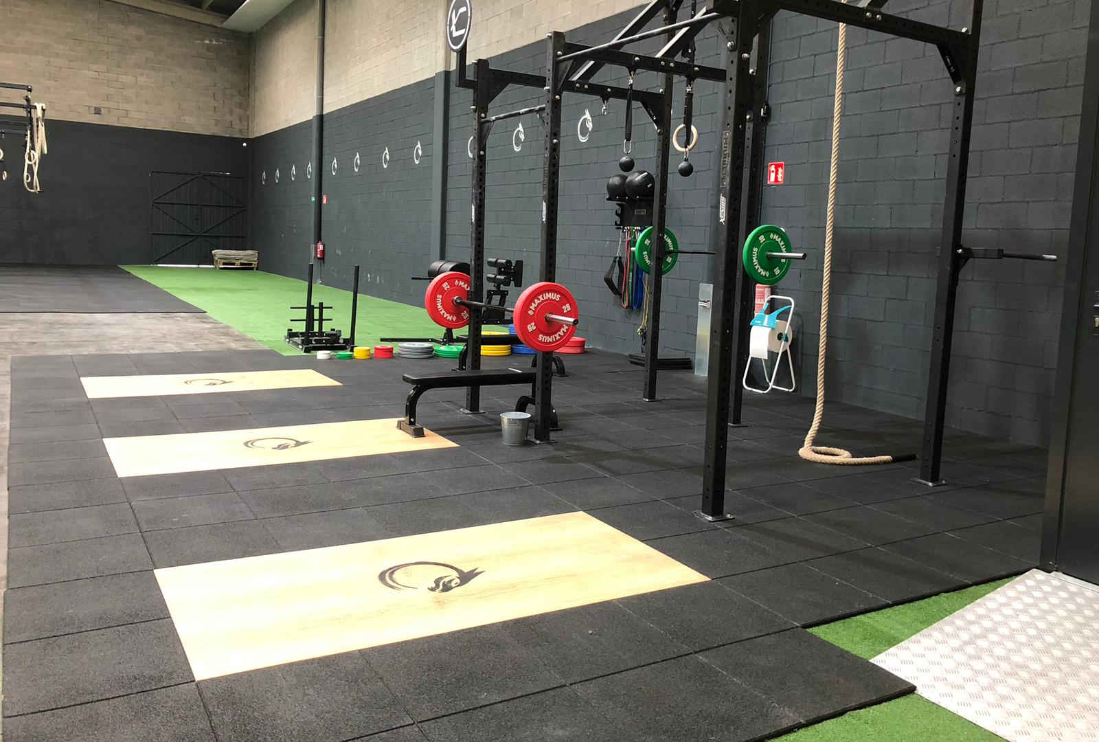 Open box  CrossFit DRK Drako