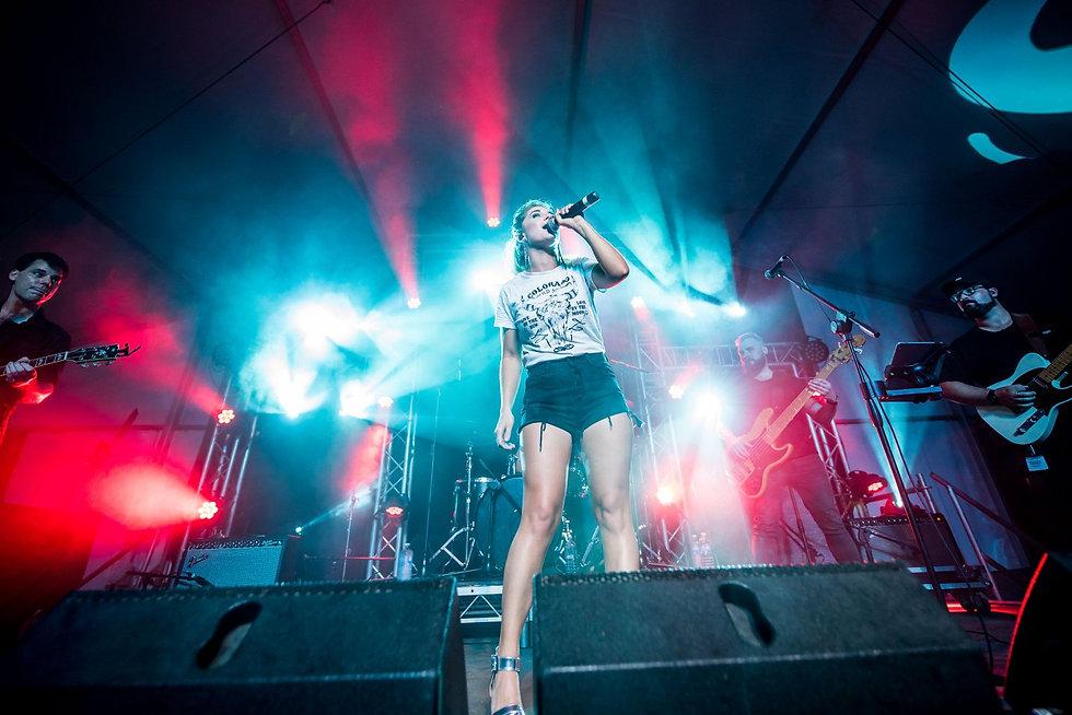 Jody Direen performs CMC Rocks Music Festival Queensland Australia Kelsea Ballerini Luke Bryan