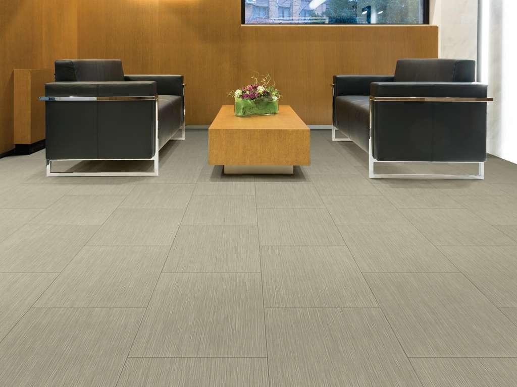 Floorte Set In Stone Sediment 0834V_0078
