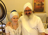 Studying the 21 Stages of Meditation with Guru Charan Singh.