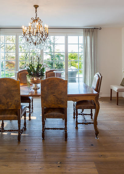 Jennie Schmid Design, Interior Design, Designer, Switzerland, Lausanne, Villa, Portfolio, dining room, Antique table and chairs from France,red Chinese secrétaire, champagne glasses from Italy,set of four framed Chinese prints from Oak direct,chandelier from Eichholtz