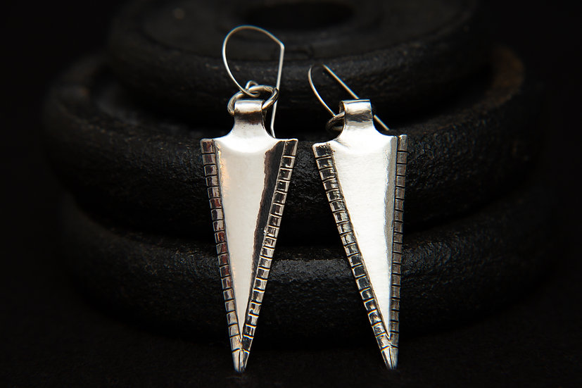 Hama. 925 silver arrow / spearhead / Earrings. Handcrafted Tribal Silver