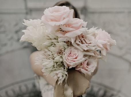 FLEURISTE DE MARIAGE_edited.jpg