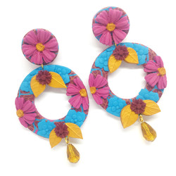 Round statement earrings on posts