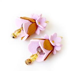Closed flowers pink earrings