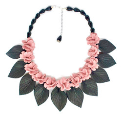 small flowers and leaves necklace
