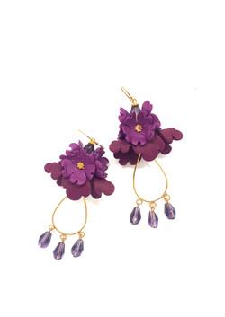 Small folded flower earrings; gold hardw