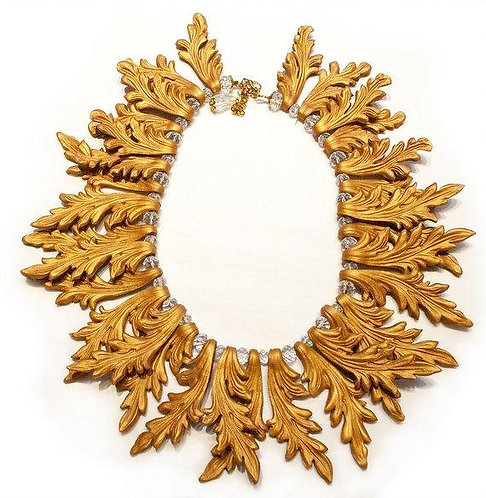 Frame Necklace - baroque style