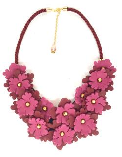 Statement necklace burgundy flowers