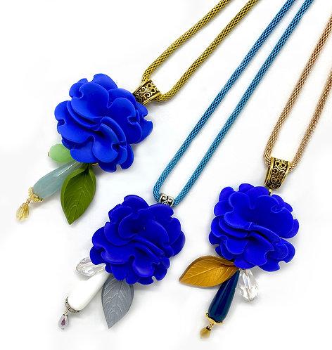 Long Flower Necklace in Blue