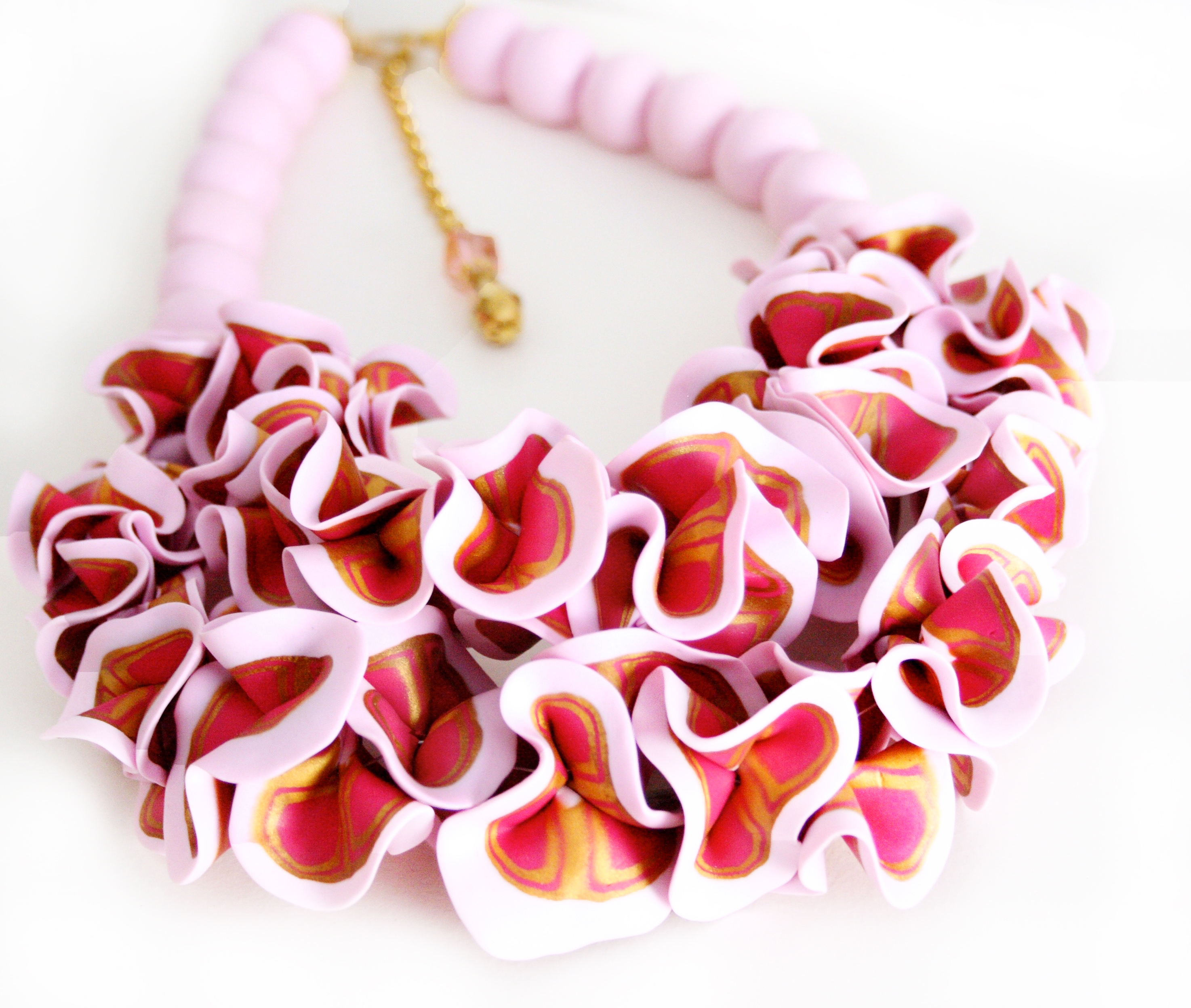 Light pink ruffle necklace