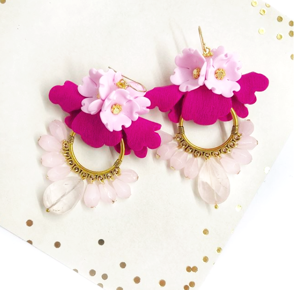 Folded flowers earrings with beads