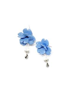 small flower earrings; light blue; polym
