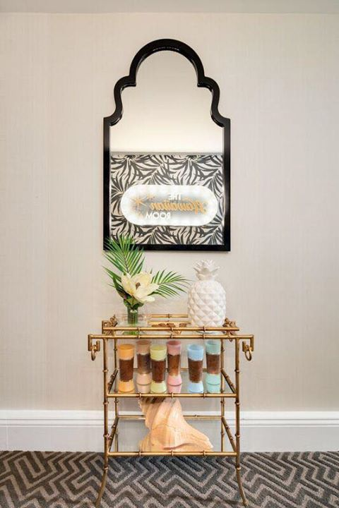 The Hawaiian Room - rebranded suite payi