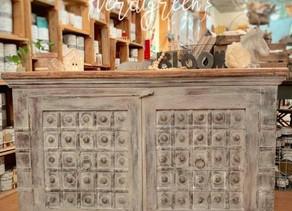 The Tutorialist – Modern Farmhouse finish (Grey Washed Cabinet)
