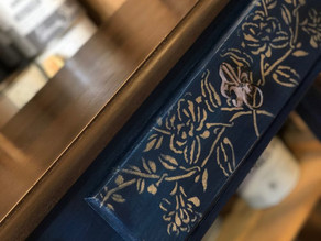 The Tutorialist – Wood Top Table using Annie Sloan Honfleur