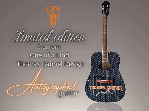 Exclusive Holiday Guitar Gift Bundle