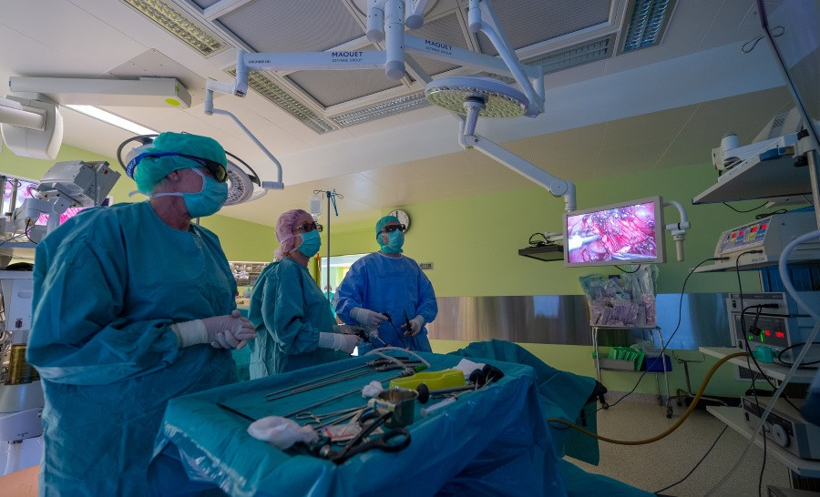 Mazinvazīvā ķirurģija.jpg