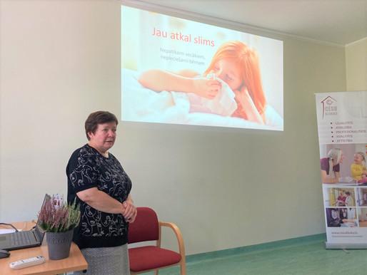 """Foto ieskats: Cēsu klīnikas Bērnu veselības centra seminārs """"Vesels un laimīgs bērns drošā vidē"""""""