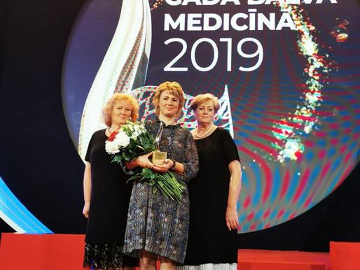 Gada balvu medicīnā saņem Cēsu klīnikas māsa Inga Medne