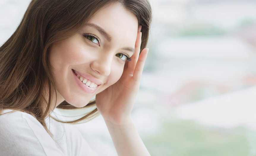 Beauty smiling model with natural make u