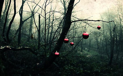 creepy-christmas-tree_608x376.jpg