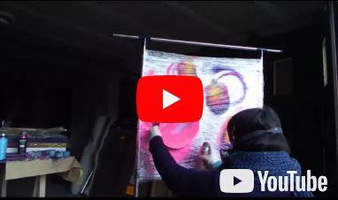 Performance :  peinture sur cello