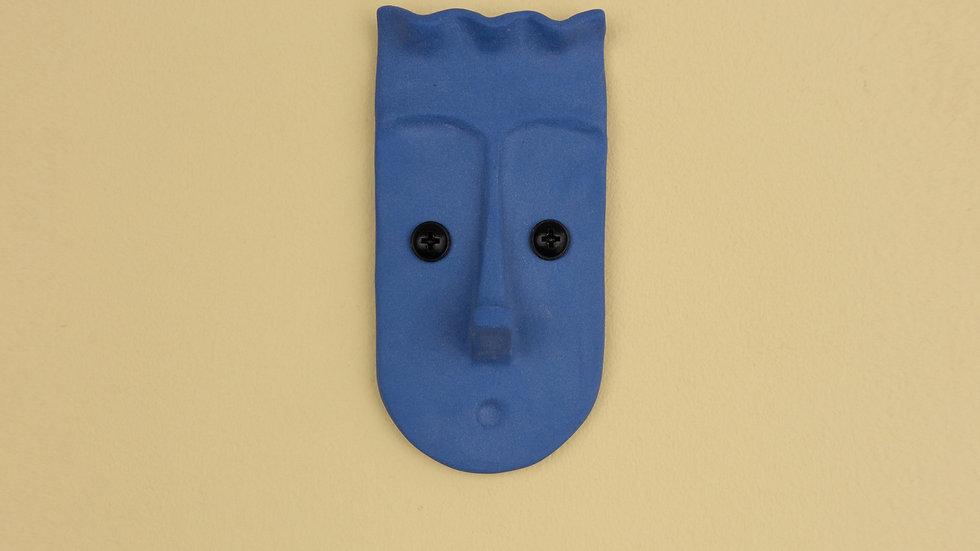 Nosy Blue