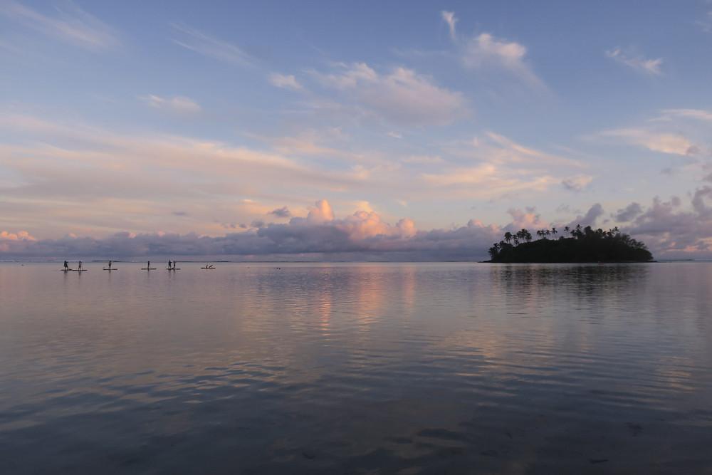 ラロトンガ島 ムリビーチ アクティビティ サップ