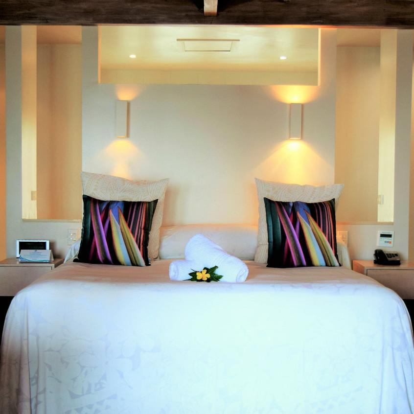 Beachfront Bungalow Bed_little polynesian