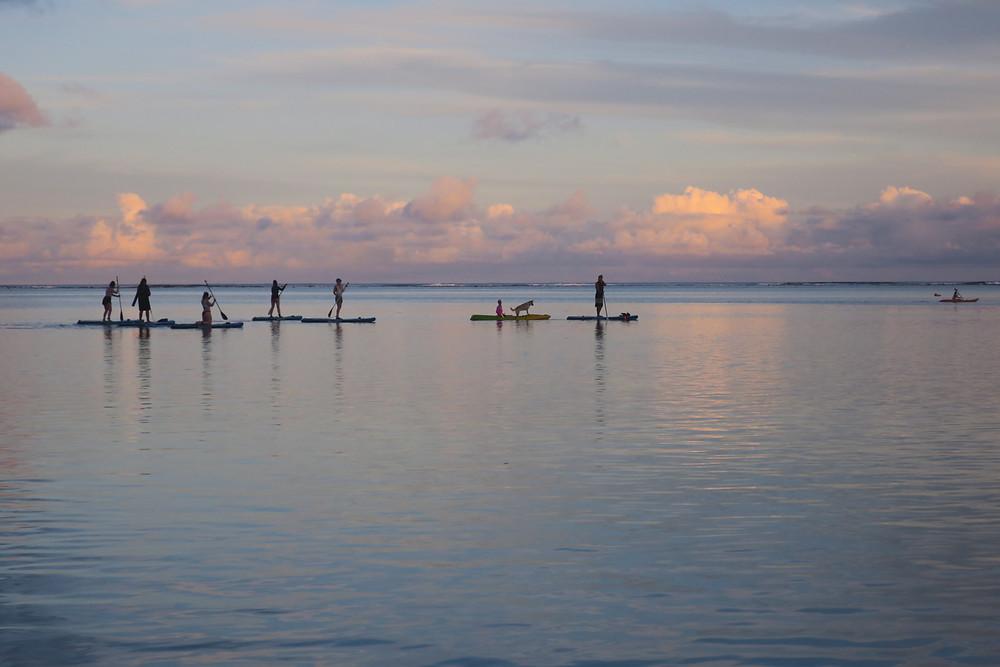 ラロトンガ島 ムリビーチ アクティビティ サップ SUP