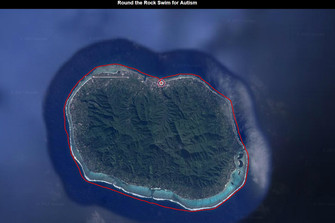 マラソンスイミング ラロトンガ島一周 泳ぎ切る!