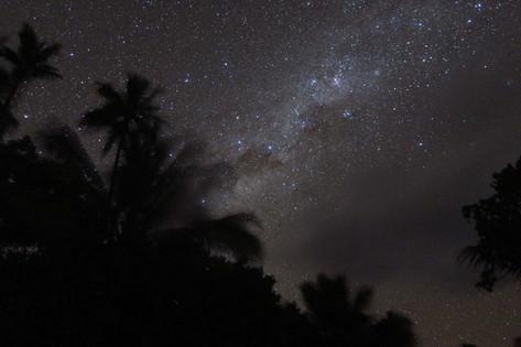 マンガイア島で過ごすアースデイ 自然の中で生きる人々を訪ねて