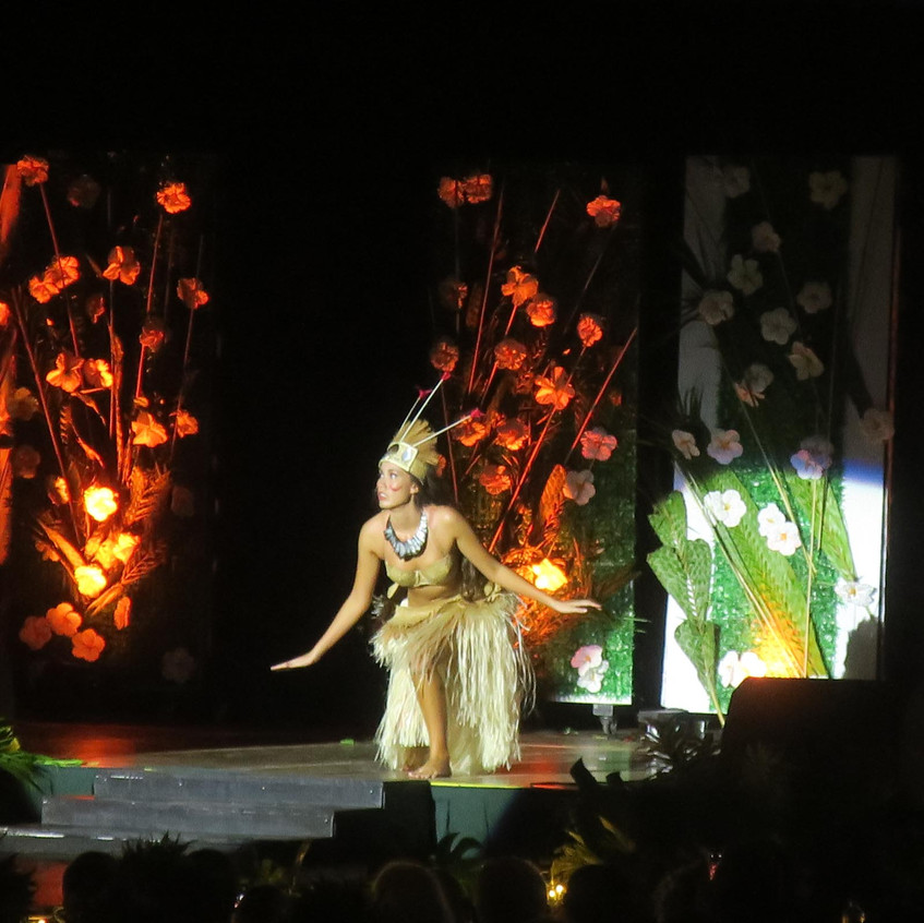 miss-cook-islands-costume-11
