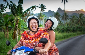 全員ヘルメット着用義務へ 地元民の心揺れる