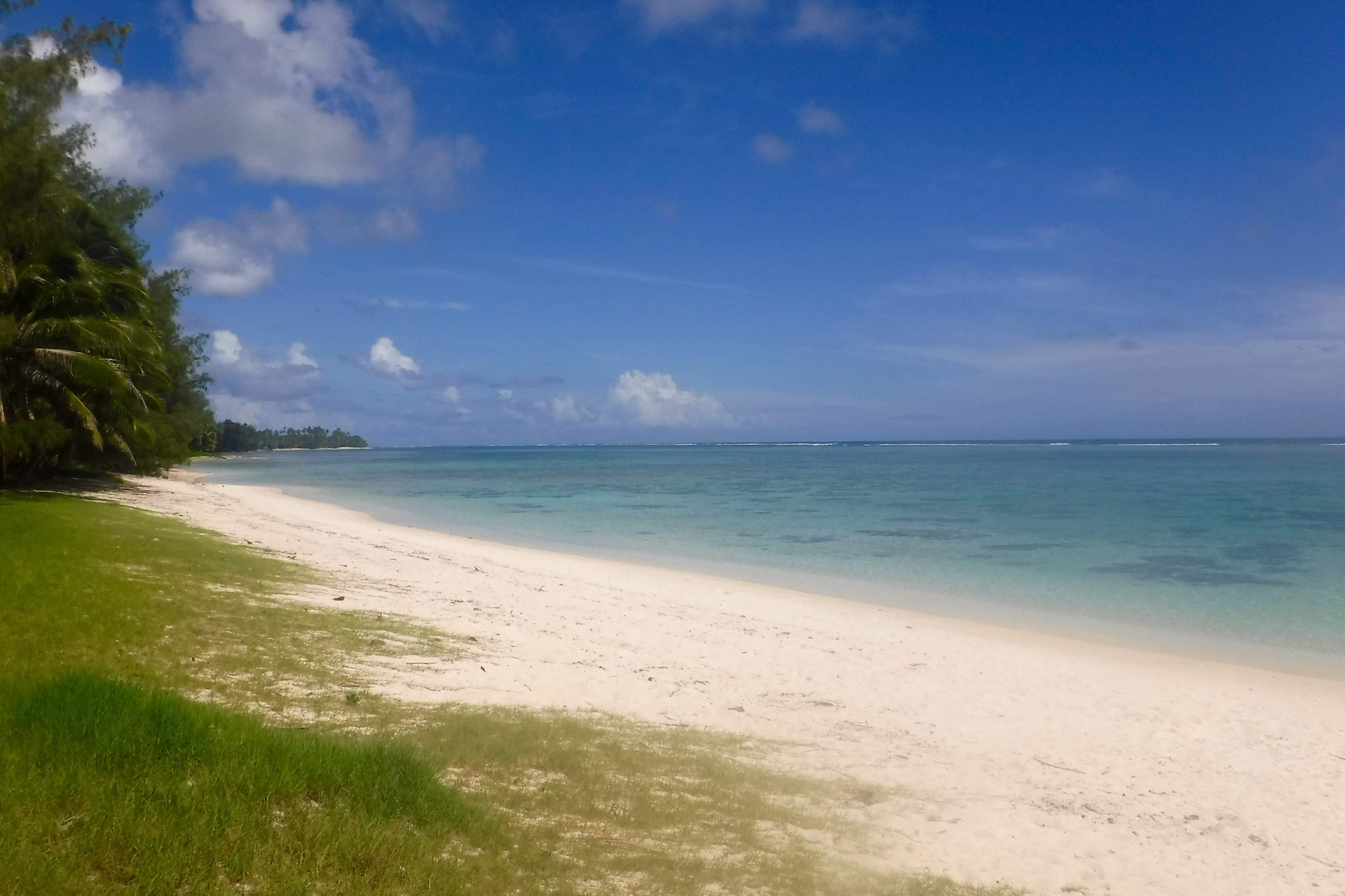 Rarotonga beach 180 degree