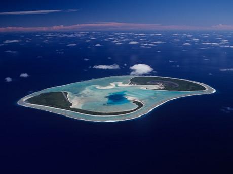 無人島に住み給料出ます 夢のような求人情報