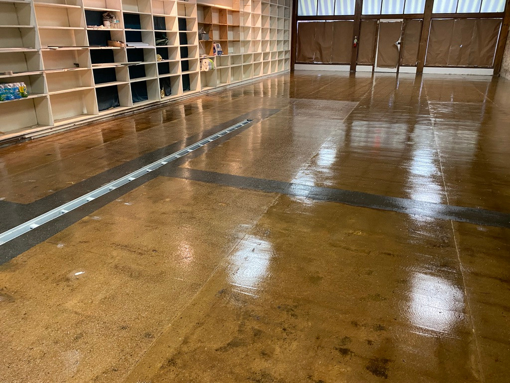 The brewery floors ready!