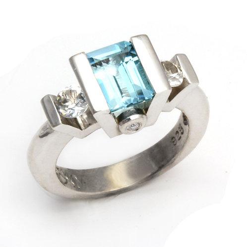 Classic Sky Blue Topaz Ring