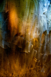 THIS PAIN IS THE LIGHT FIGHTING TO RETURN 03 (TRIPTYCH)