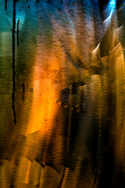 THIS PAIN IS THE LIGHT FIGHTING TO RETURN 01 (TRIPTYCH)